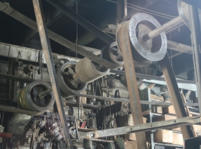 wheel and pulley system